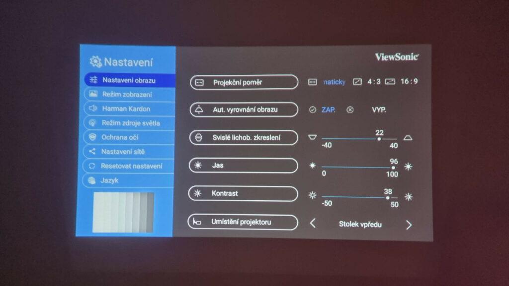 Obraz z projektoru ViewSonic M1+