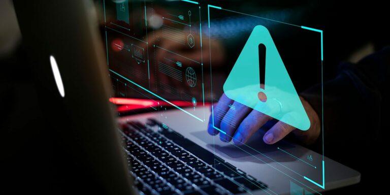 Počítače s macOS napadá adware