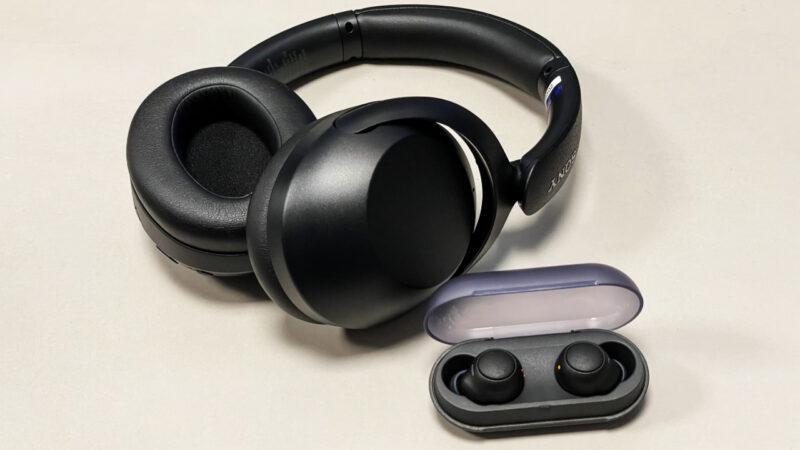 Sony WF-C500 a WH-XB910N